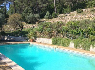 Villa Type 6 avec studio indépendant sur 4673m² terrain en restanques avec piscine