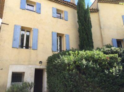 Appartement Type 2 avec terrasse, cave et parking privé