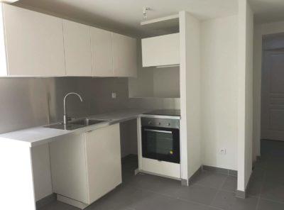 Appartement Type 2 avec petit extérieur et 2 places de parking