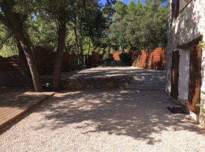 Bastide en pierre de 120m² hab avec jardin
