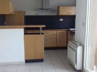 Appartement T2 avec loggia et garage dans résidence récente