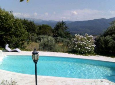 Villa Type 7 avec piscine sur 5000 m2 de terrain