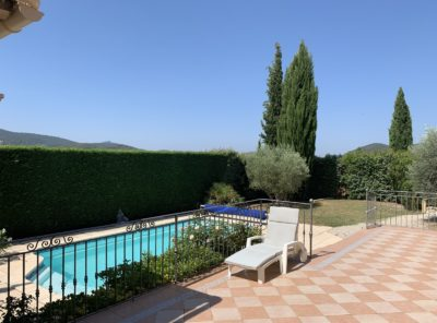 Villa de caractère Type 4 sur 810m² jardin paysagé piscine