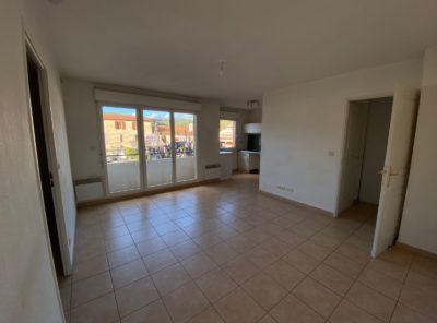 Appartement Type 2 dans résidence avec une place de parking