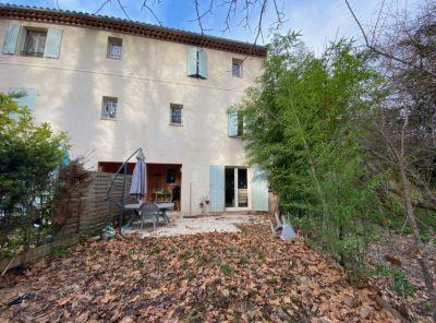Appartement Type 3 en duplex avec jardinet