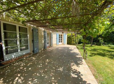 Villa de caractère Type 5 sur 1200m² de jardin paysagé