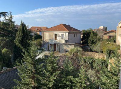 Appartement Type 2 récent avec terrasse et garage