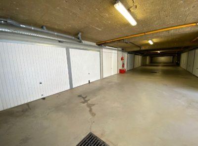 2 Garages dans immeuble en copropriété
