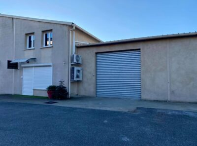 Garage de 100m2 pour stockage