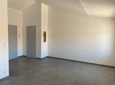Appartement de Type 2 au 2e étage d'un immeuble