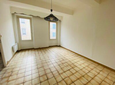 Appartement de Type 3 au 1er étage avec garage et jardinet