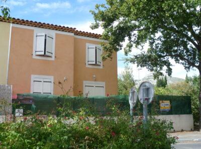 Villa Type 5 avec jardinet d'env 180m²