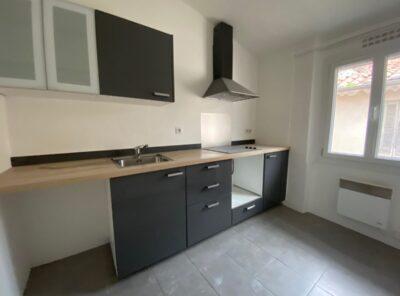 Appartement de Type 2 rénové de 43m² hab